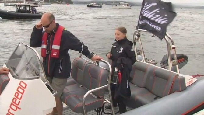 Dubtes sobre la sostenibilitat del viatge de l'activista Greta Thunberg en vaixell