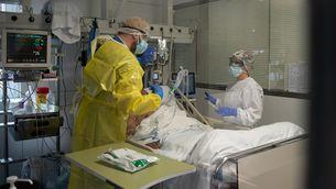 Les morts als hospitals són les més nombroses, seguides de les residències (Hospital Clínic de BCN/Franciso Àvia)