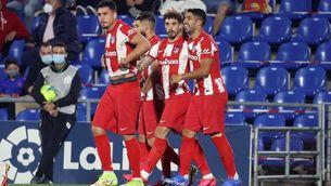 Remuntada de l'Atlètic amb doblet de Suárez (1-2)
