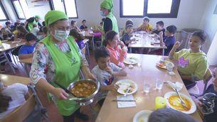 Com evitar que les escoles catalanes llencin més de 3 tones de menjar cada curs