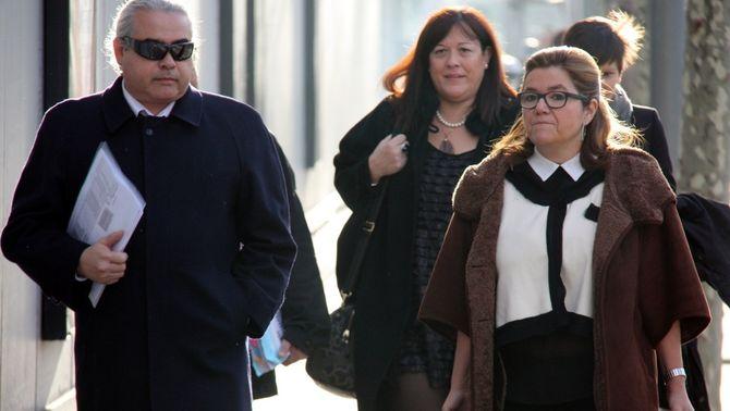Imatge d'arxiu de Fidel Pallerols arribant a l'Audiència acompanyat de la seva advocada. (Foto: ACN)