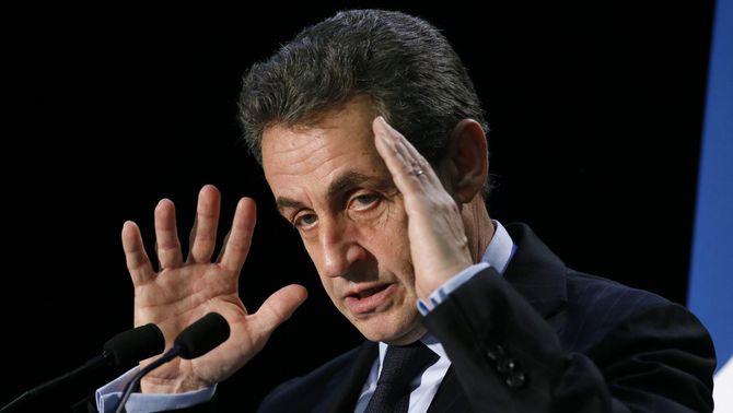Els processos judicials compliquen el futur polític de Sarkozy (Reuters)