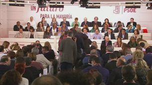 Moviments PSOE i Podem per desencallar la investidura