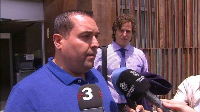 Cao de Benós queda en llibertat amb càrrecs després de declarar per tinença il·legal d'armes