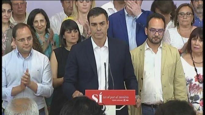 """Sánchez diu que el PSOE torna a """"reafirmar-se com el partit hegemònic de les esquerres"""" i fa una crida a la reflexió a Iglesias"""