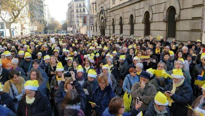 """Cantades de nadales """"per la llibertat dels presos polítics"""" arreu del país"""