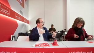 Miquel Iceta amb l'alcaldessa de l'Hospitalet, Núria Marín (EFE)