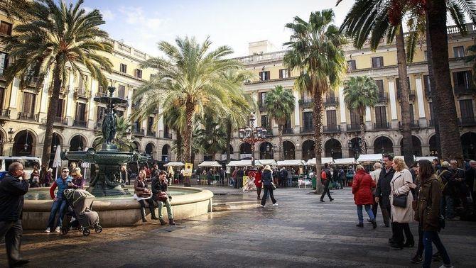 Àrab, urdú, igbo i wòlof: els carrers de Barcelona parlen més de 300 llengües