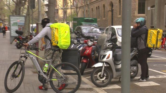 """El Suprem dona la raó als """"riders"""" i diu que són falsos autònoms"""