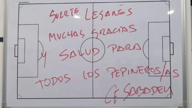 El Sabadell escriu un missatge motivador al Leganés a la pissarra del vestidor de Butarque