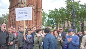 Concentrats a l'Arc de Triomf de Barcelona