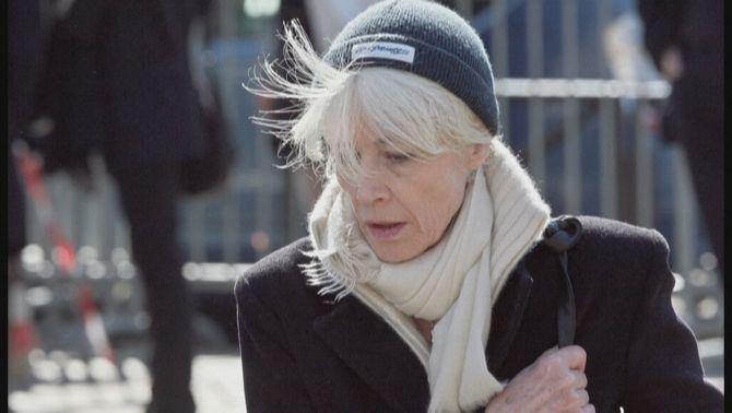 La icona pop Françoise Hardy, malalta de càncer, clama per la legalització de l'eutanàsia