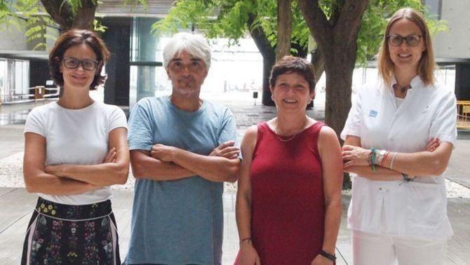D'esquerra a dreta, quatre dels autors: Mar Iglesias, Lluís Espinosa, Anna Bigas i Clara Montagut