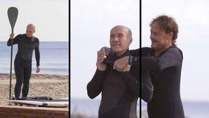 Caure per tornar-se a aixecar: Gaspar Hernàndez i Manel Saltor practiquen el surf
