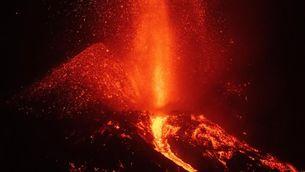 Les imatges al detall del con del volcà de La Palma