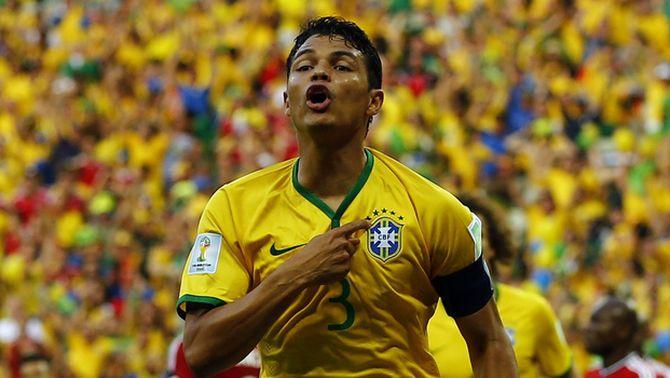 Brasil supera Colòmbia en quarts de final (2-1) gràcies al bon partit dels seus dos centrals, Thiago Silva i David Luiz