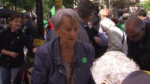 Jornada reivindicativa amb la recollida de firmes a favor del referèndum