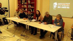 Pla general de la presentació del 'Manifest Judici a Martín Villa', el 31 de gener del 2019. (Horitzontal)