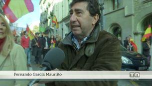 Unes 2.500 persones es manifesten per la Constitució convocades per Moviment Cívic Espanya i Catalans