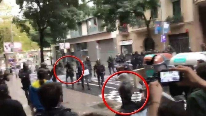 Jutjaran si el policia que va buidar l'ull a Roger Español ho va fer intencionadament