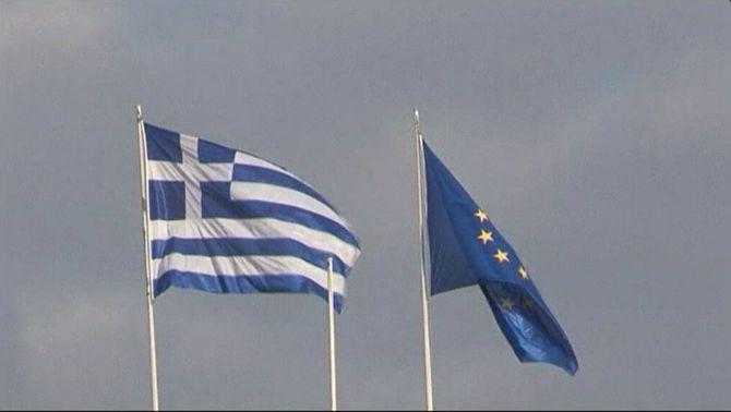 """El govern grec torna a ajornar l'aprovació del principi d'acord assolit amb la """"troica"""""""