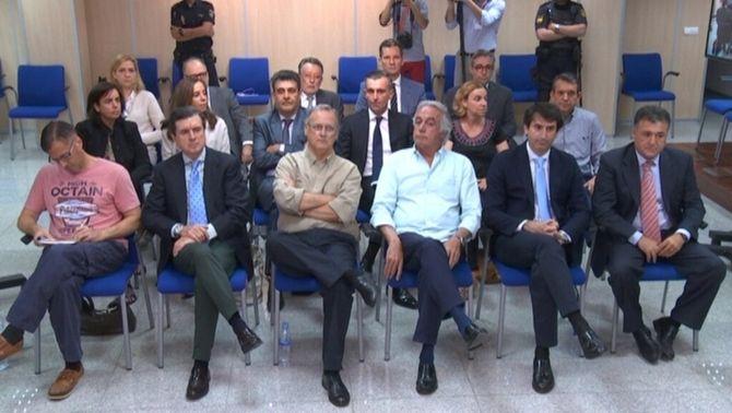 Fiscalia i Manos Limpias mantenen les penes demanades per a Urdangarin, Torres i Cristina de Borbó