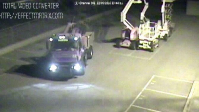 Desarticulen un grup criminal que robava camions per enviar-los a Síria i l'Iraq