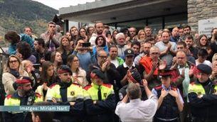 Moments emotius amb els mossos d'esquadra a Vielha per l' 1-O