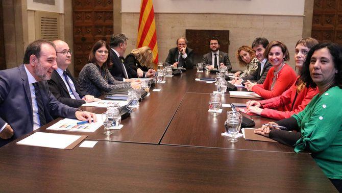 Reunió de l'Espai de Diàleg al Palau de la Generalitat (ACN)