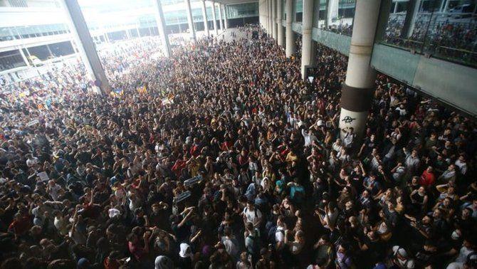 Convocatòria de Tsunami Democràtic a l'aeroport del Prat el dia 14 d'octubre (Imatge cedida per Vilaweb)