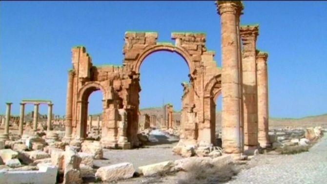 Estat Islàmic destrueix l'Arc del Triomf de Palmira