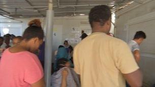 Samos, la paradisíaca illa grega convertida en una presó oberta per a 4.000 demandants d'asil