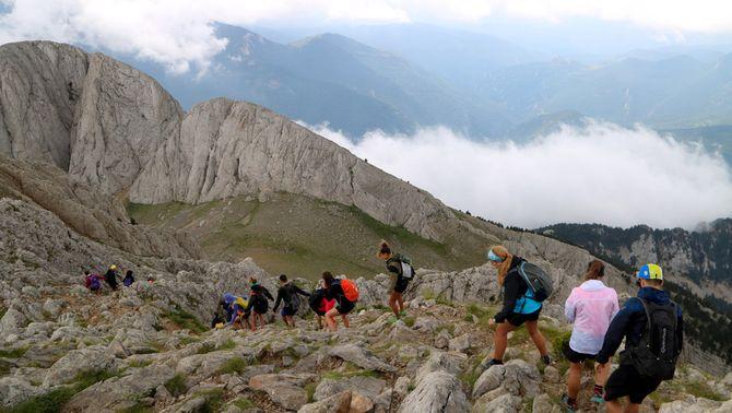Reclamen regular l'accés a la muntanya per evitar massificacions i actituds incíviques