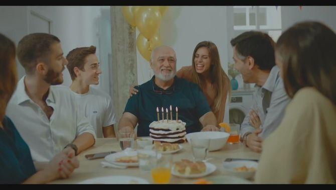 """""""Una reunió familiar et pot regalar la mort"""", l'impactant anunci contra la Covid"""
