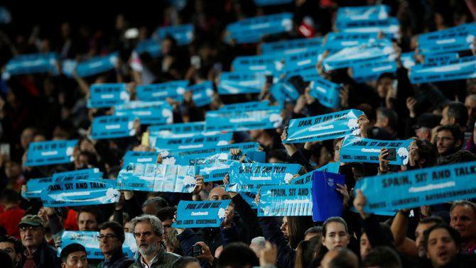 Cartells de Tsunami Democràtic, en el partit Barça-Madrid de la tardor de 2019