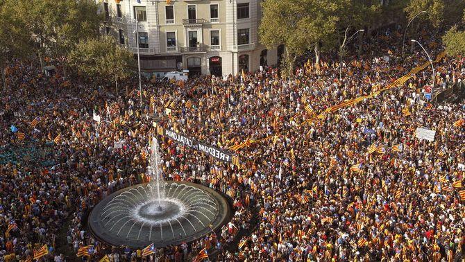 1,5 milions de persones demanen la independència de Catalunya en una manifestació rècord