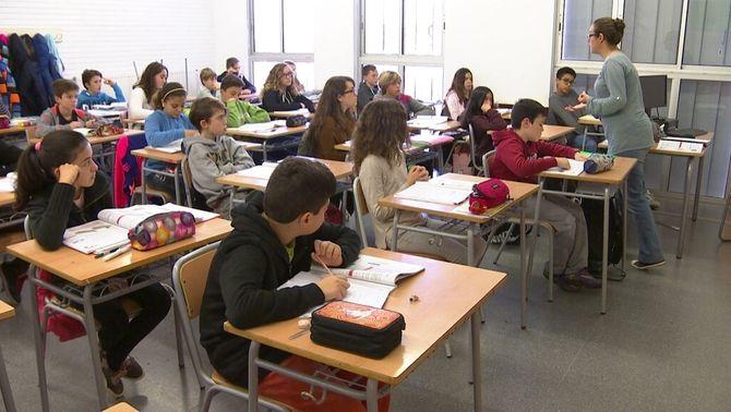 La justícia anul·la la contractació de mestres per fer classe als instituts