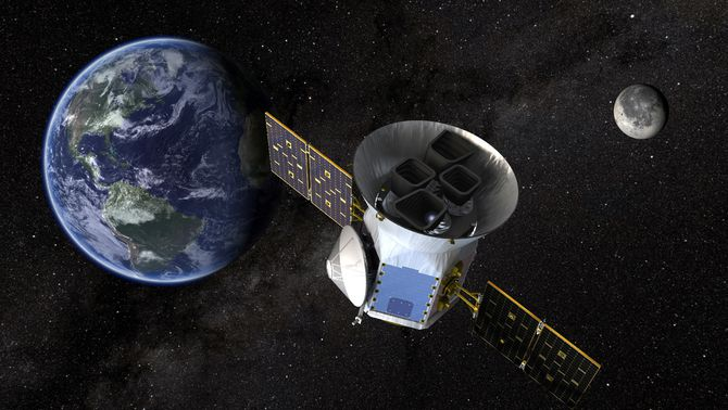 La NASA llança un telescopi per buscar planetes que puguin ser habitats