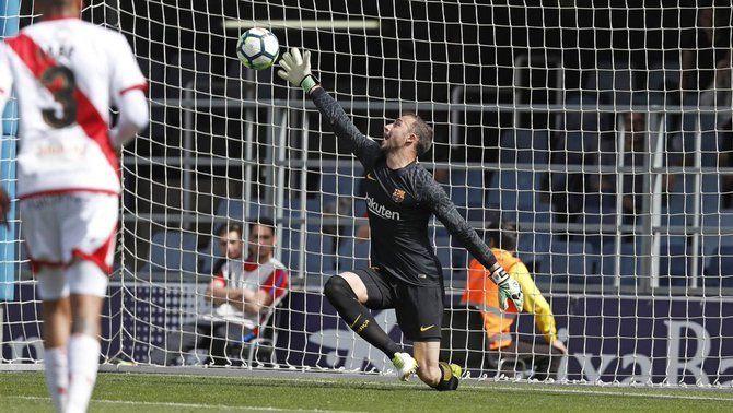 El Barça B continua en caiguda lliure, després de la derrota davant del Rayo Vallecano (2-3)