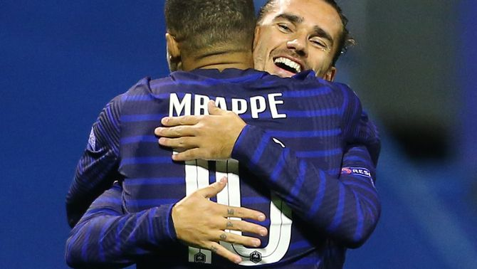 Griezmann marca en la victòria de França a Croàcia (1-2)