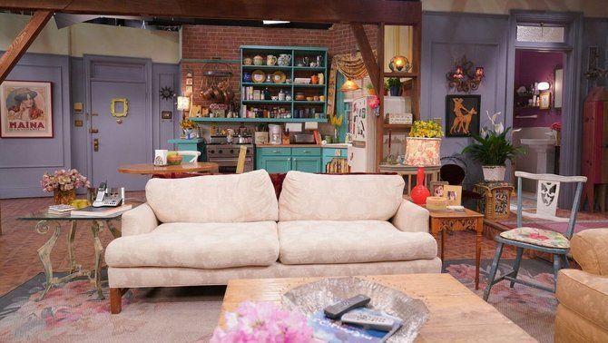 'Friends', una reunió a taula amb un setè protagonista: el menjar!