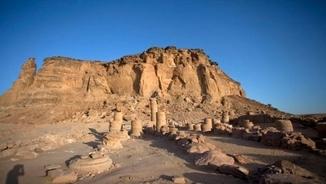 Imatge de:El tast de la Gran Anaconda: Napata (Sudan) amb I. Cordón, dra. Arqueologia i Història Antiga (UAB)