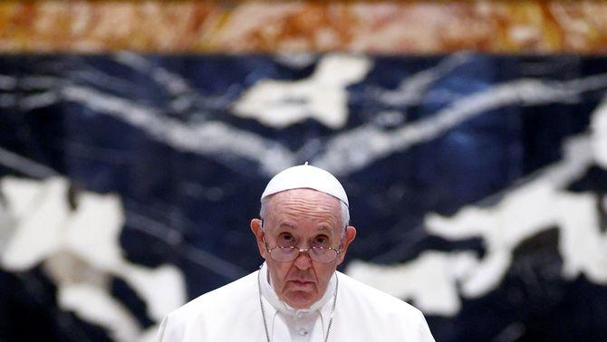 El Papa Francesc va destituir al setembre el cardenal Becciu del càrrec de prefecte de la Congregació per a les Causes dels Sants (EFE/Gugliemo Mang…