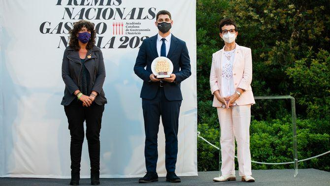 Rafel Muria al costat de la consellera Teresa Jordà i Carme Ruscalleda