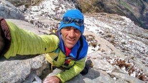 L'alpinista Jordi Tosas salva la vida en una allau al K-2
