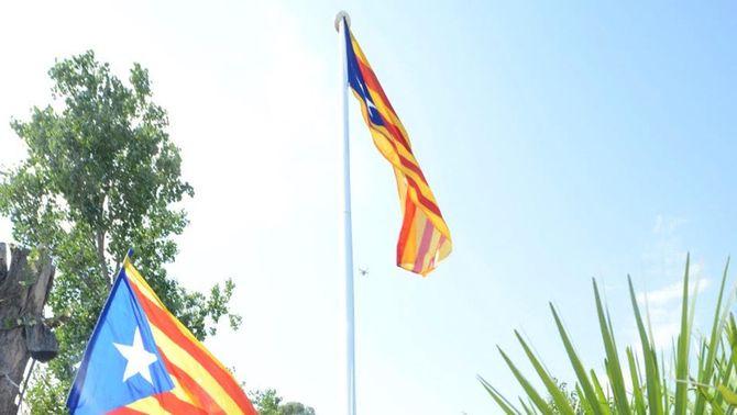 El TSJC avala la retirada de l'estelada de Sant Cugat del Vallès