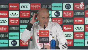 """Zidane: """"Benzema està lesionat, no jugarà contra el Valladolid. Veurem si arriba a la Champions"""""""