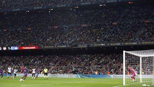 Poc més de 47.000 aficionats en un Camp Nou sense restriccions