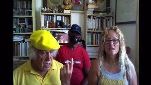 Captura d'un vídeo en què el capellà culpa la mare de la mort de les nenes de Tenerife Anna i Olivia