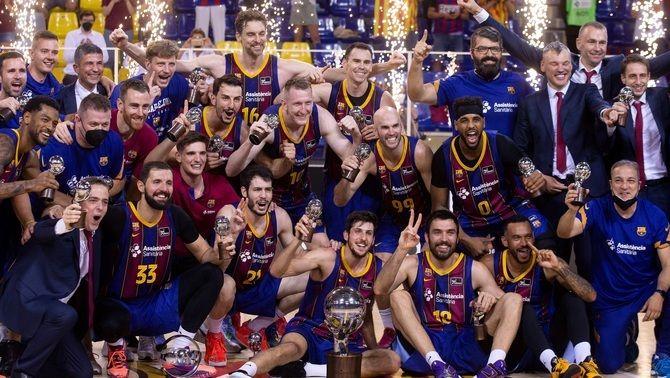 El Barça es proclama campió de lliga amb un nou bany al Madrid i un Mirotic descomunal (92-73)